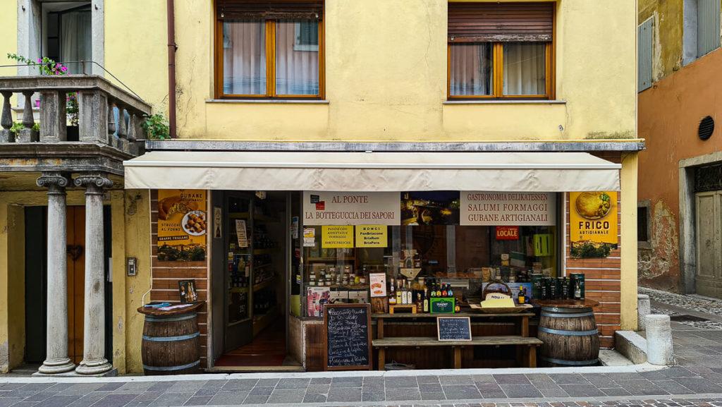 Einkaufen in Cividale