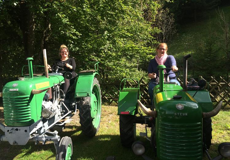 Traktorfahren am Trattlerhof