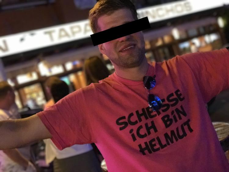 Wer ist Helmut? Ballermann Urlaub