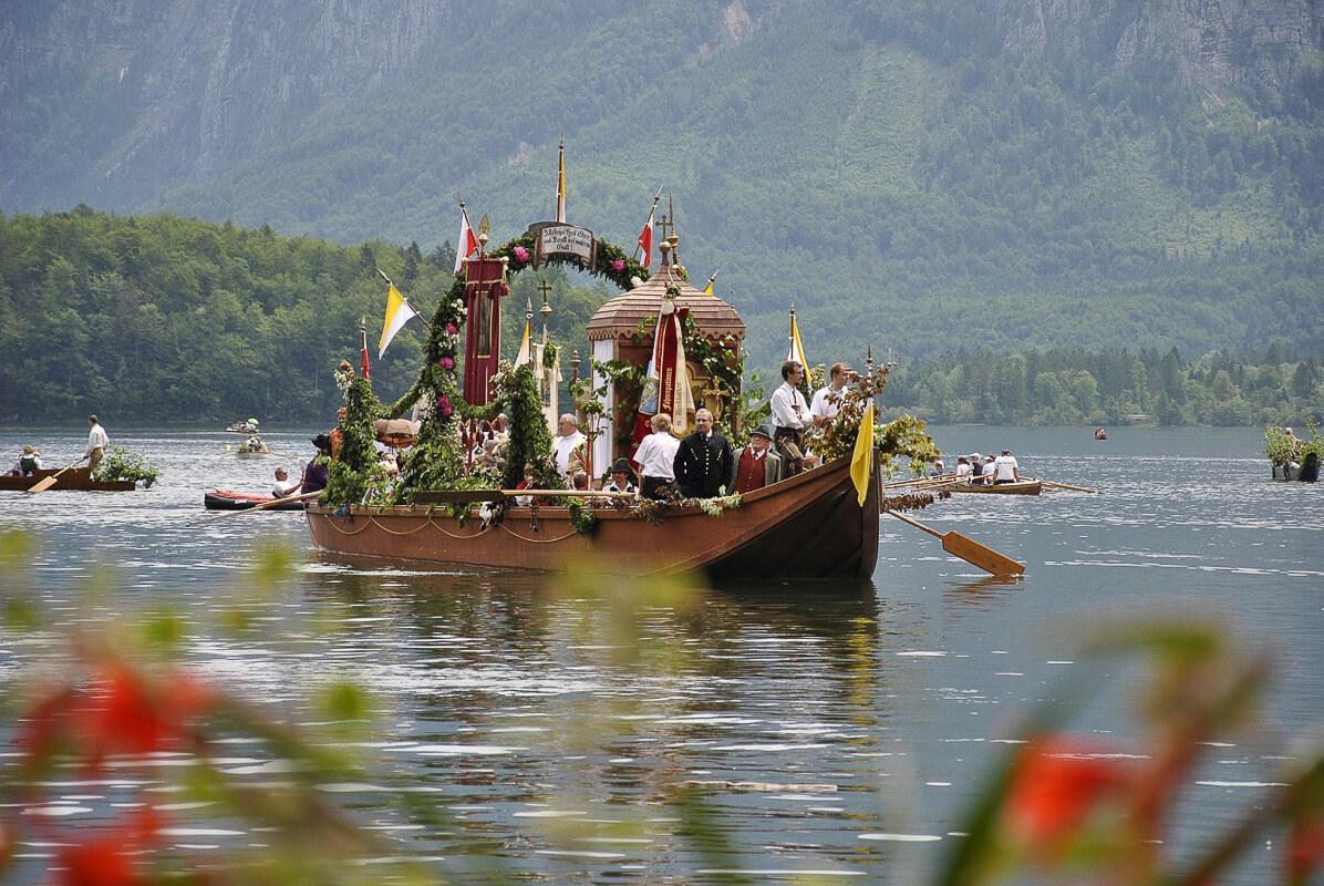 Fronleichnam Prozession Hallstätter See