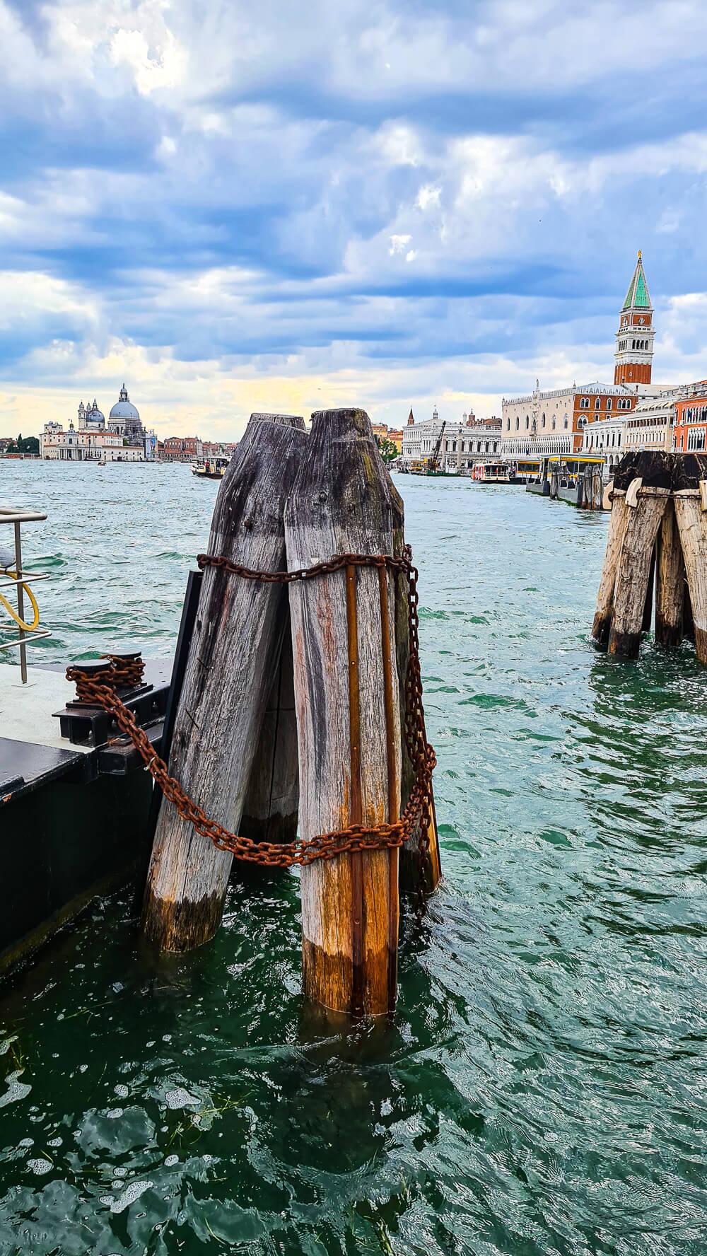 Mit dem Schiff nach Venedig