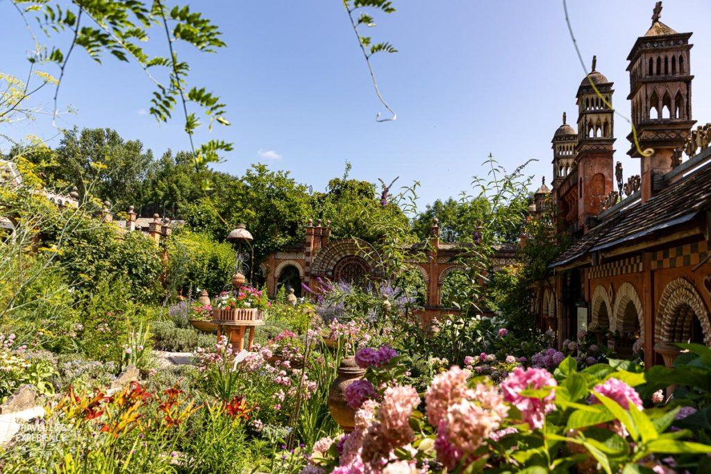 Die schönsten Gärten der Welt, Jardins Secrets