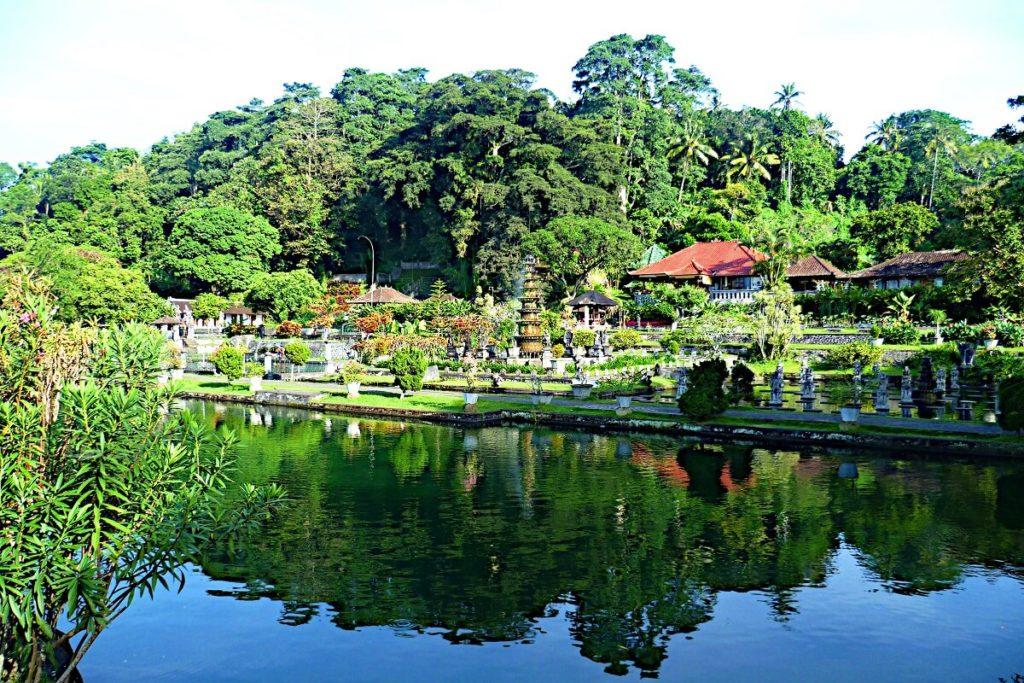 Die schönsten Gärten der Welt, Taman Tirta Gangga auf Bali